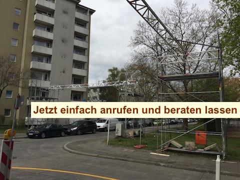 Kabelbrücke Strassenkreuzung Berlin